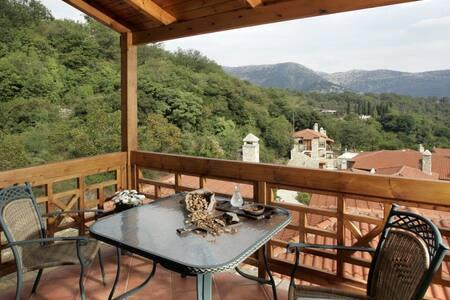 Junior Suite with Balcony E - Ampeliona