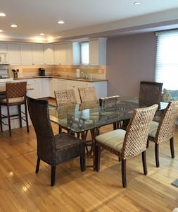 Beautiful two story bay view condo in Avalon, NJ - Avalon