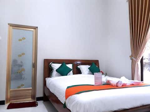 Homestay Purbalingga (3 Bed Room Full AC)