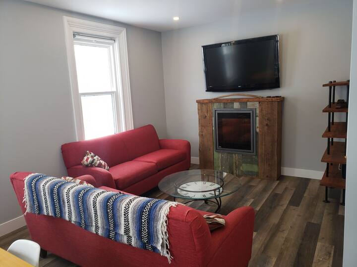 Fully renovated old red brick 3 Bdr house Meaford