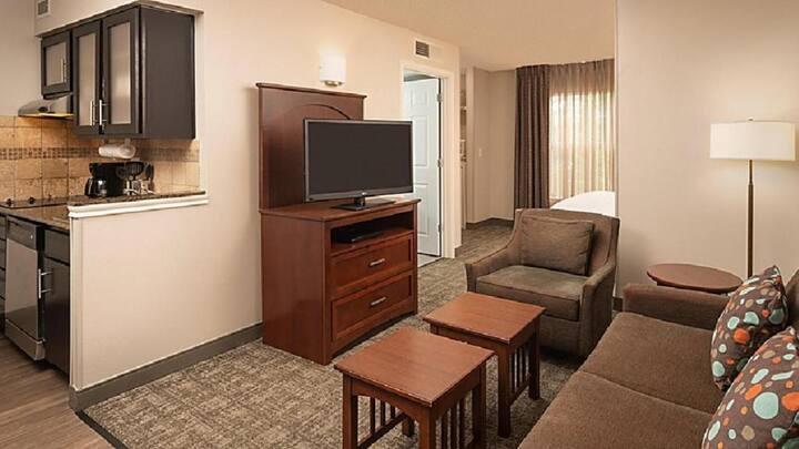 Suitable Suite Standard At Centennial