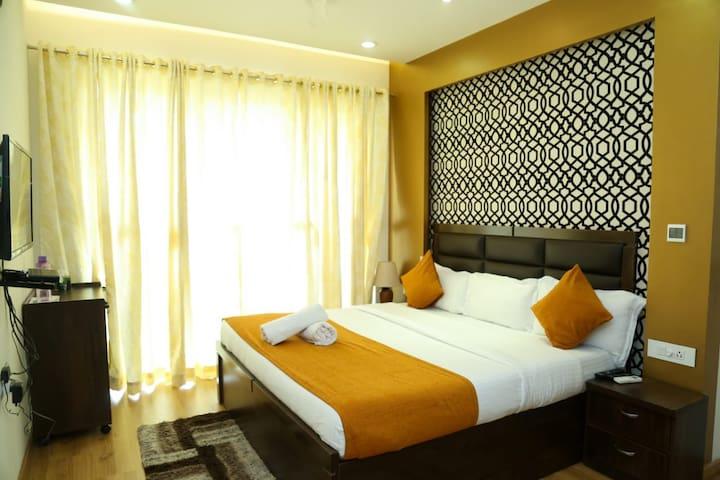 Goregaon East-Private room near NESCO