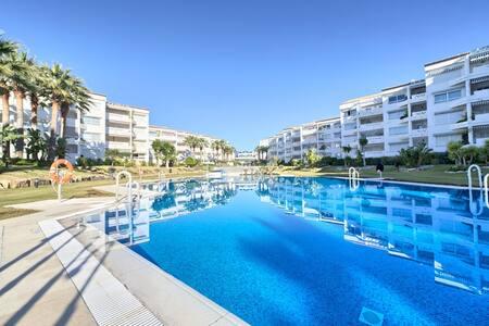 Puerto Banus on the beach 1-67 - Marbella - Apartament