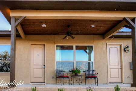 Private Luxury Casita - A in the TX Hill Country - Spring Branch - Bed & Breakfast - 1