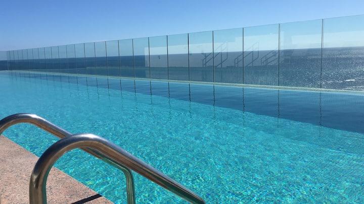 Enjoy the best spot of Barra Beach - Expresso 2222