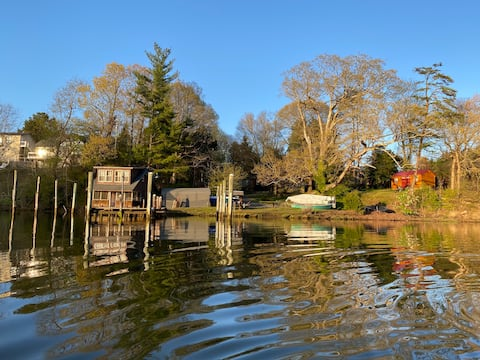Charming Rustic Boathouse right on the Water!