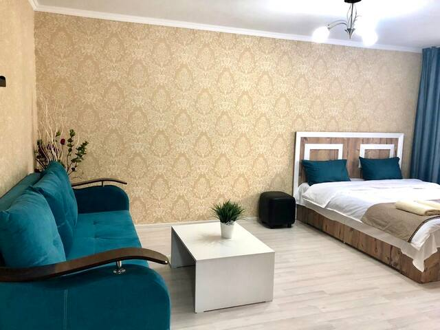Bright, freshly refurbished apartment