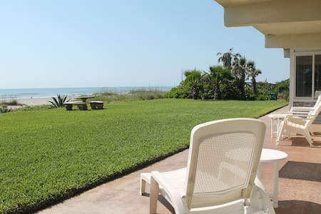 Direct Oceanfont Beach Villa - Unit #1 - Cocoa Beach