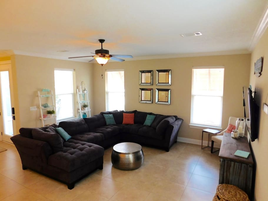 Beautiful Large Living Area on First Floor