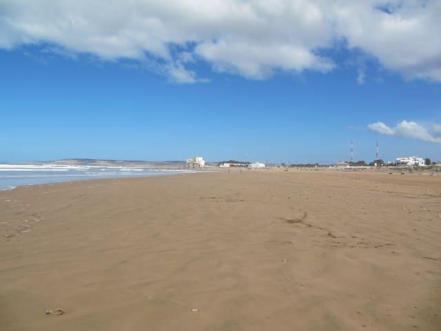 Beautiful endless beach of Sidi Kaouiki