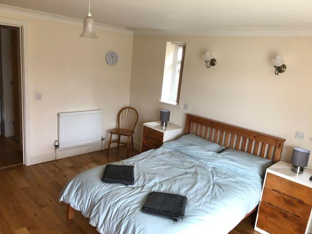 Bedroom 1 :Master with en-suite