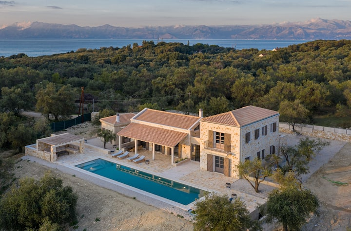 Eclectic and secluded estate, Villa Aegis