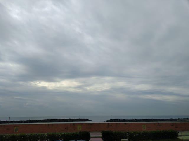 Grazioso villino sul mare - Fiumicino - Huis