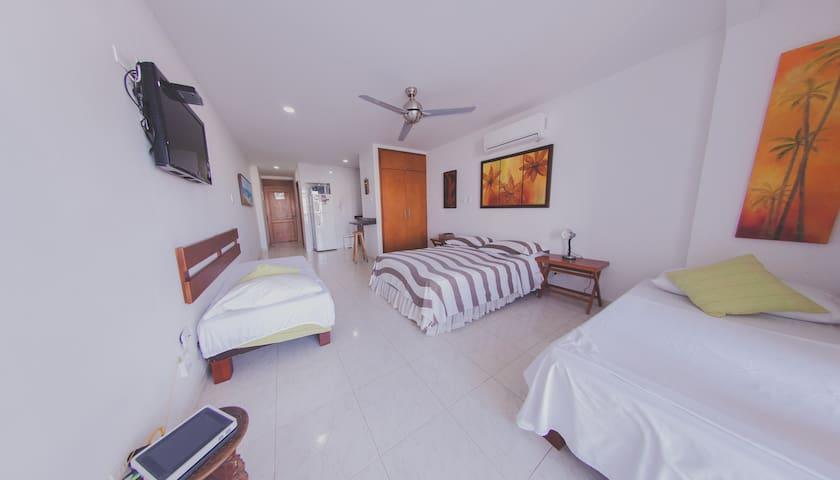 Apartamento vista al Laguito - Lake View 904