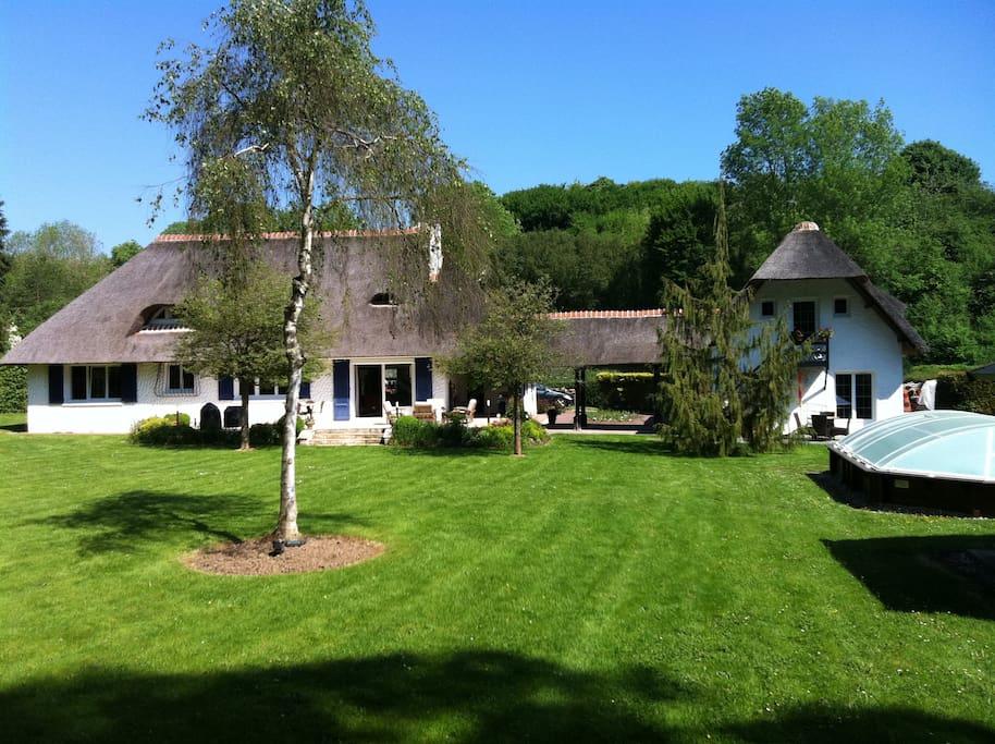 Maison 7 pers avec piscine ry maisons louer for Location maison avec piscine en normandie