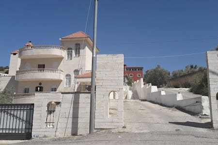 Amman villa with a great view