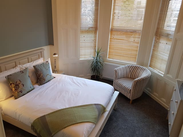 Smart, stylish, luxury apartment in South Belfast