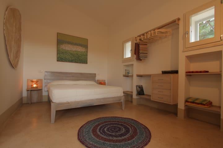 Casa MANDORLO in tipica Masseria, a 3 km dal mare.