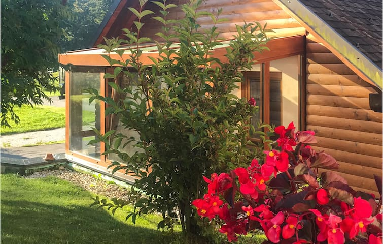 Holiday cottage with 1 bedroom on 53m² in Crni Vrh nad Idrijo