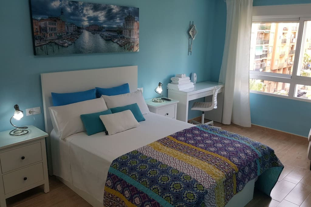 Habitaci n amplia con aire acondicionado y tv apartamentos en alquiler en val ncia comunidad - Loquo valencia alquiler habitacion ...