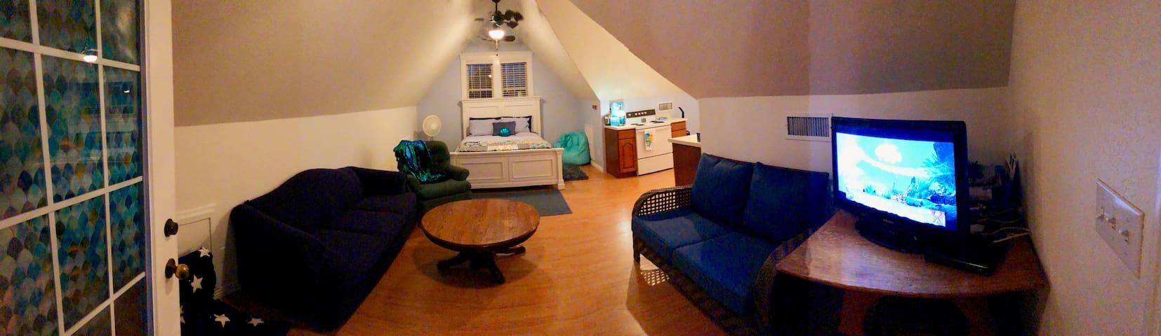 Mesquite 'Beach House' studio apartment.