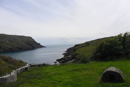 Apartment by sea on Cape Clear Island - Lejlighed