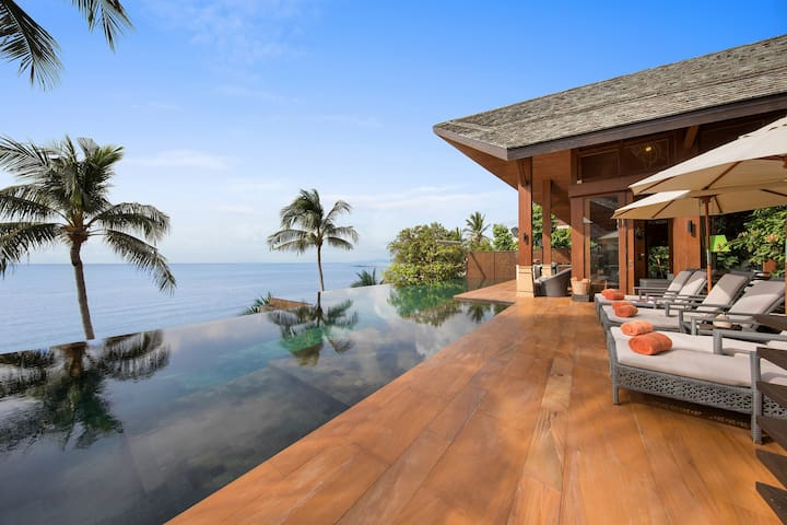 UP TO 50%OFF  Luxe Beachfront Haven, Infinity Pool