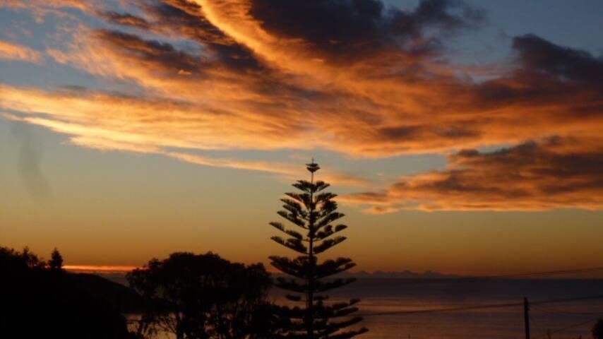 Ocean View Retreat Mollymook - Mollymook - Talo