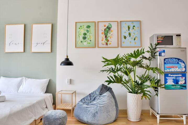 BeautifulChaos2   Studio apartment at Ben Thanh
