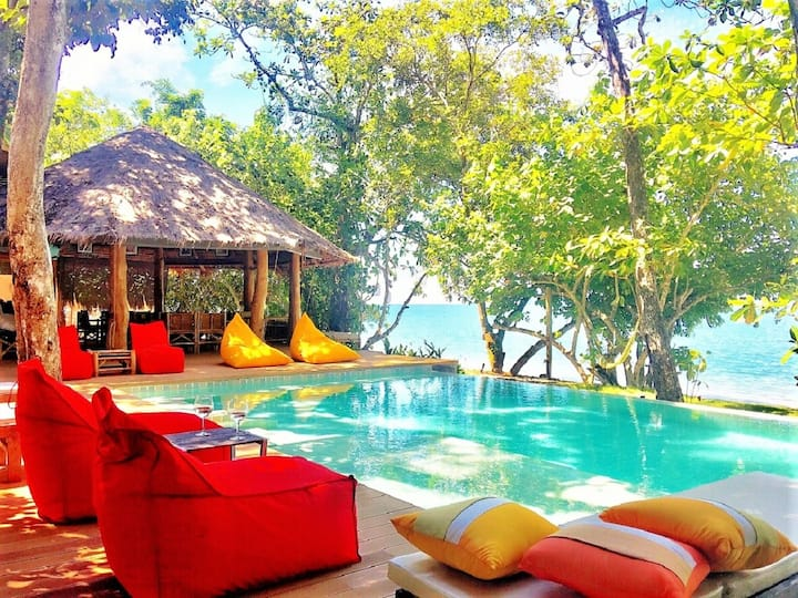 AMANTARA Beach Front Paradise, PRIVATE VILLA 4BR