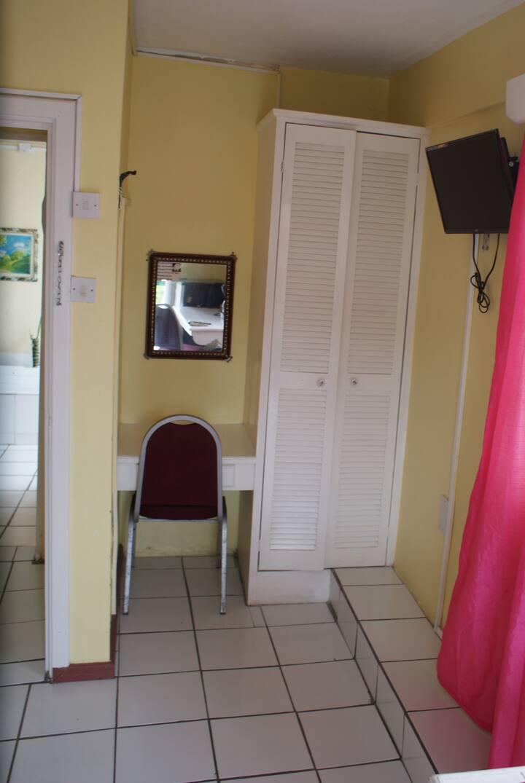 Stephanie's Apartment #324