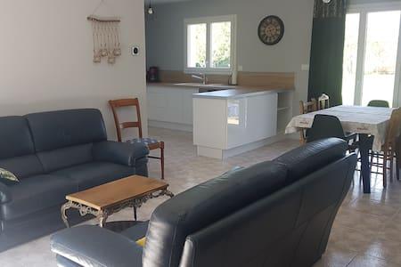 Villa neuve T4 meublée de tourisme pour 1 à 6 pers