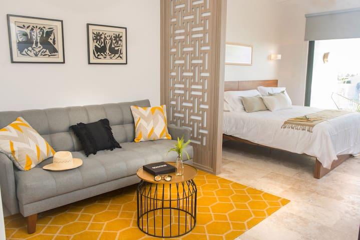 room&lounge