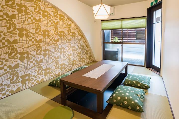 Designer house/5 mins to Namba/Bijou Suites Kakomi