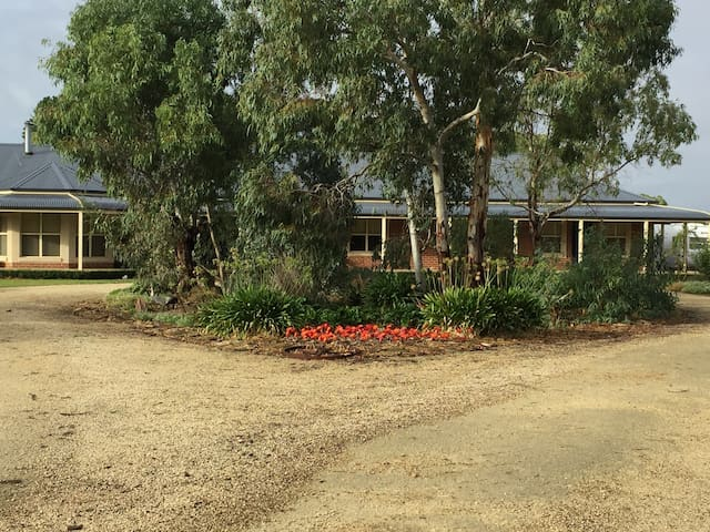 Winella Home Stay Penola Coonawarra - Penola