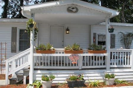 Seashell Cottage - Murrells Inlet - House