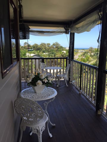 Ocean Views+More-With Breakfast-Family&PetFriendly - Aroona