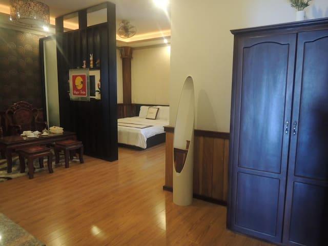 Ngoc Tran Hotel