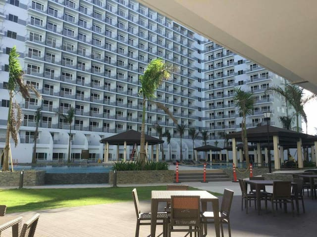 Lavish living at SHELL RESIDENCES - Pasay - Apartemen