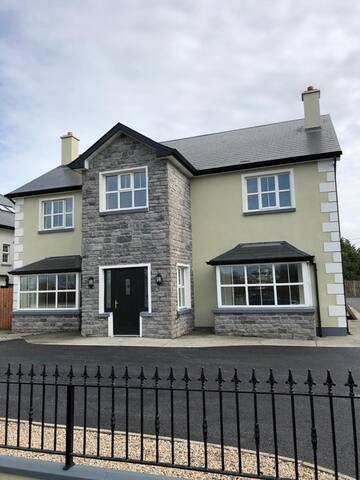 Beautiful home, in the heart of Knock Village