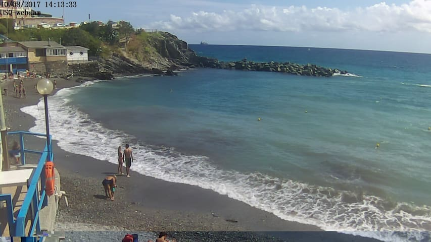 Bilocale a 50metri dalla spiaggia di Genova-Quarto