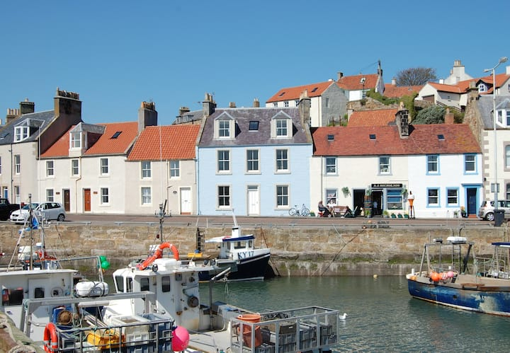 Stunning Harbour Front Listed House in Pittenweem