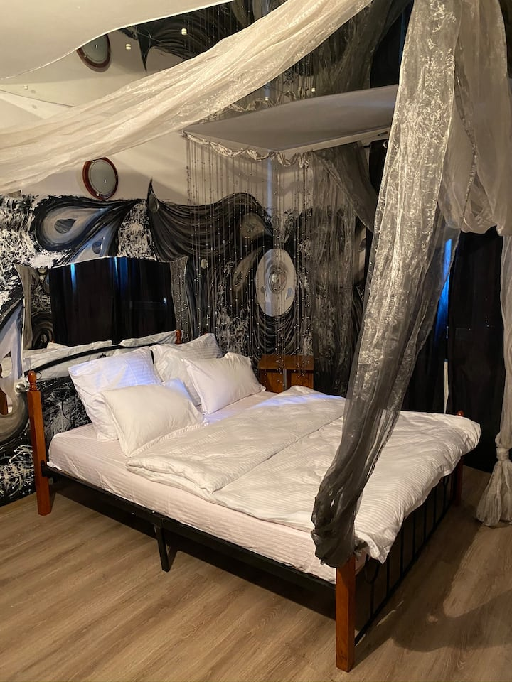 Rania Rooms 3