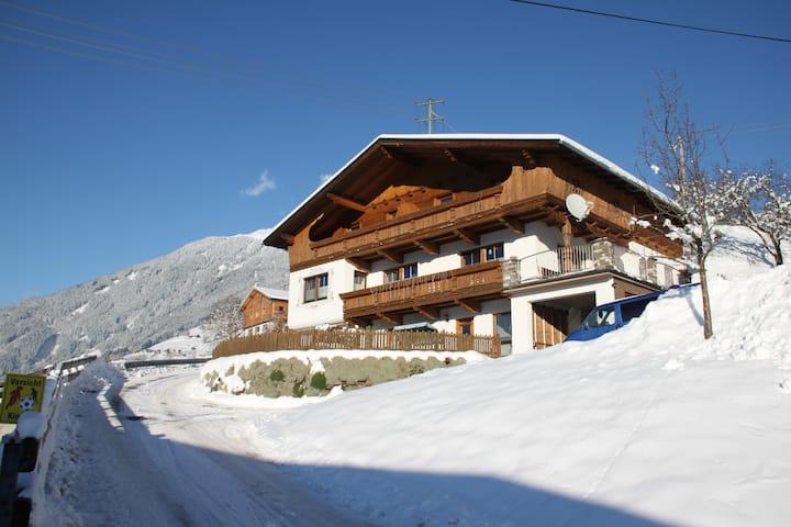 Fewo Enzian - Haus Kammerlander mit herrl.Blick