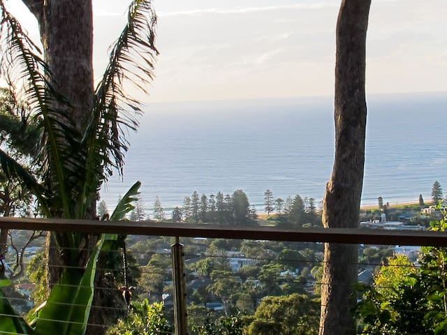 Breathtaking ocean vistas - private studio retreat