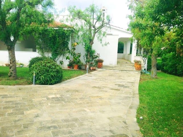 Deliziosa villetta a Monticelli, villaggio su mare