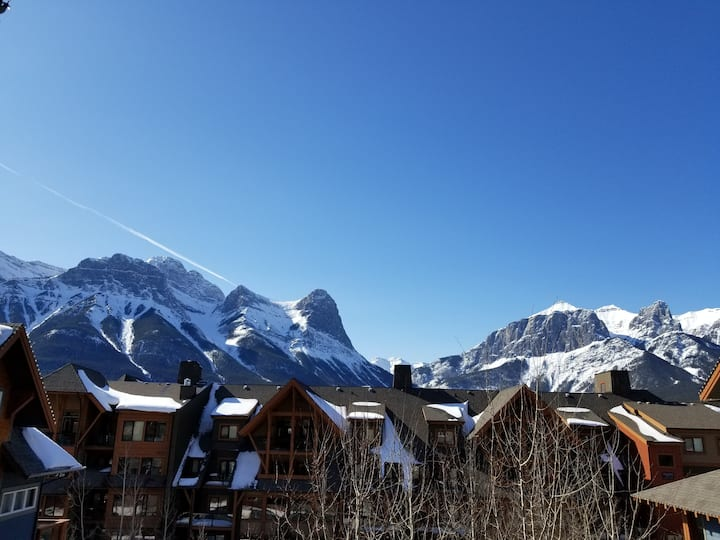 Premium Mountain View!Luxurious 2Bed Condo Canmore
