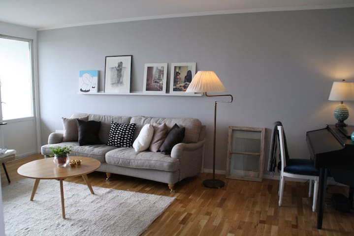 2 bdr apartment, walking distance from the city! - Nacka - Flat