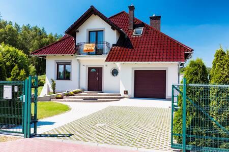 Niesulice - Komfortowy wakacyjny dom  Quattro