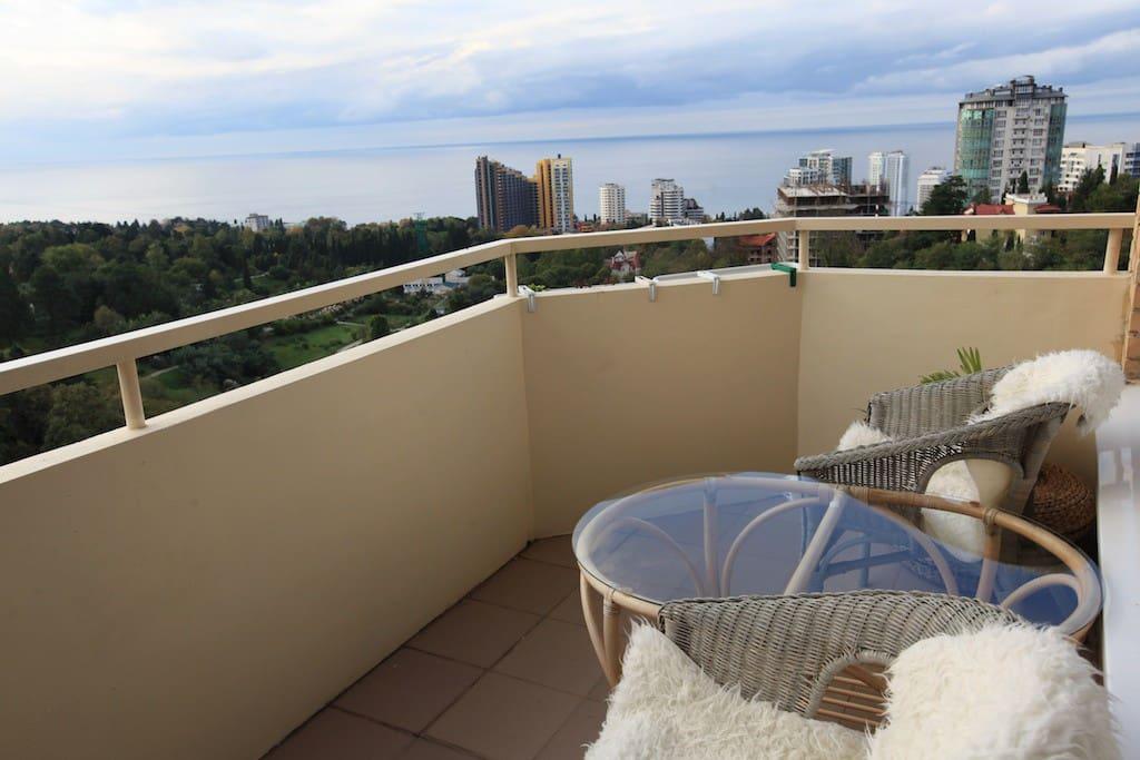 балкон с видом на море/sea view balcony